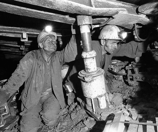 Miners working on the coal face at Granville Colliery.